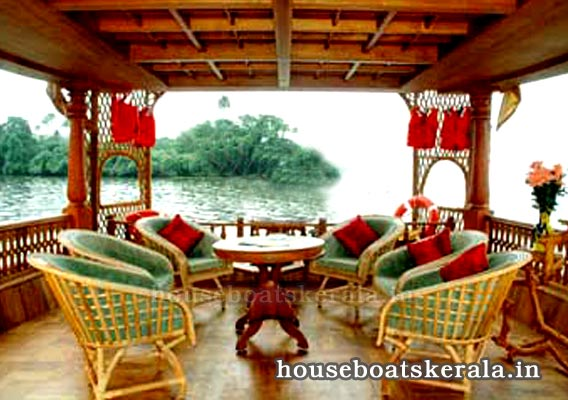 Houseboat Interior Photos